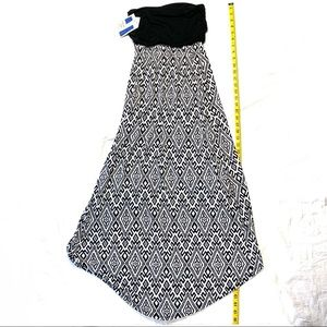 Mix & Co. Dresses - Mix & Co. Small High-Low Black And White Dress NWT